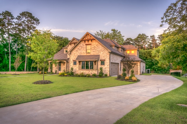 Comparing A Home Equity Loan Vs. A Home Equity Line Of Credit (HELOC)
